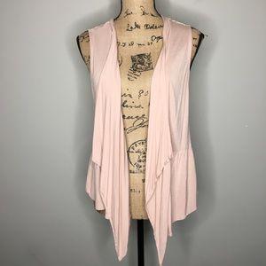 Jack by BB Dakota Sleeveless Lace Back Vest L